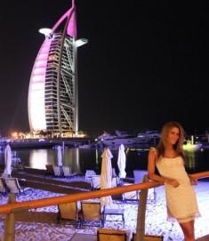 Steffi Vertriest - Felicity - Fashionblog Dubai