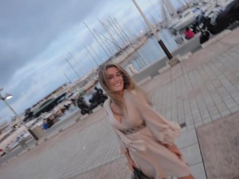 Steffi Vertriest - Felicity_1